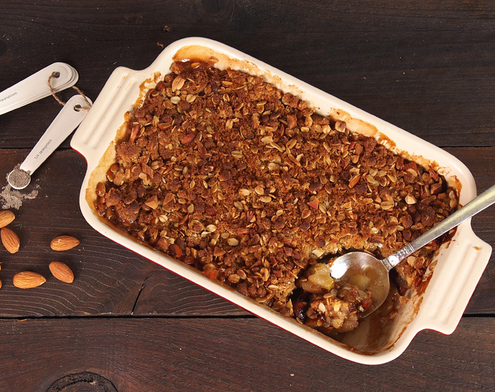 Cardamom Apple Crisp with Almond Crumb Topping