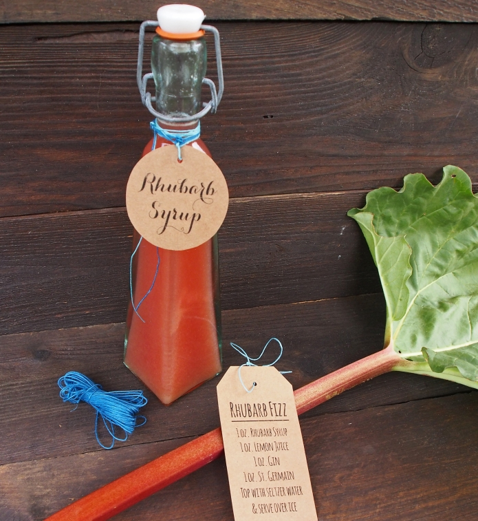 {Kitchen DIY} Rhubarb Simple Syrup & Free Printable Gift Tags