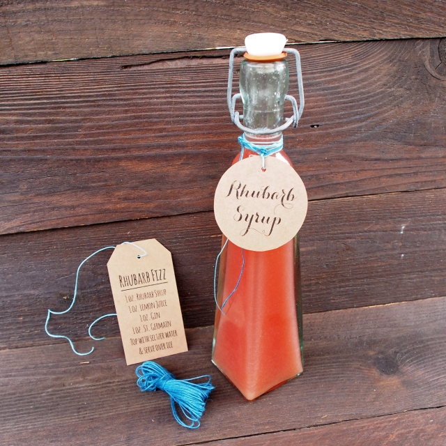 {Kitchen DIY} Rhubarb Simple Syrup & Free Printable Gift Tags