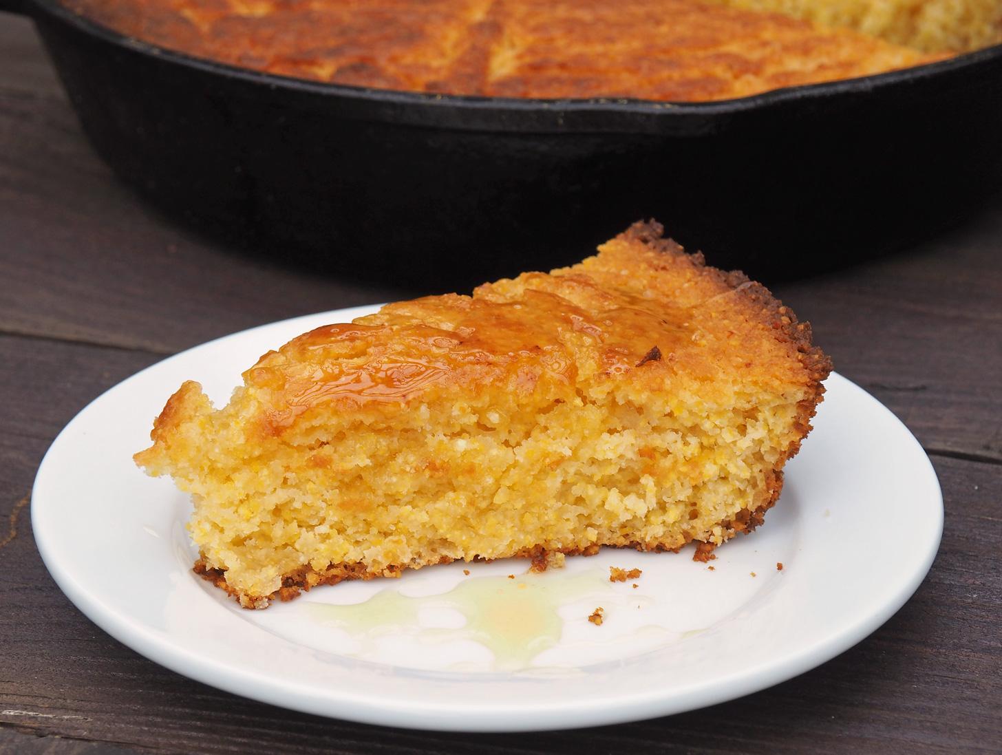 Recipe} Honey Sweetened Skillet Cornbread | Sweet Little Sparrow