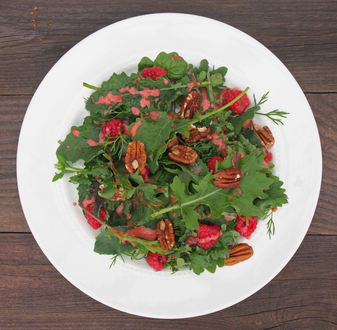 {Recipe} Wild Kale & Baby Dill Salad with Fresh Raspberry Vinaigrette