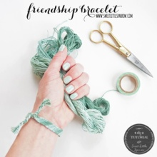 {DIY} Friendship Bracelet Tutorial ~ Simple Diagonal Stripe