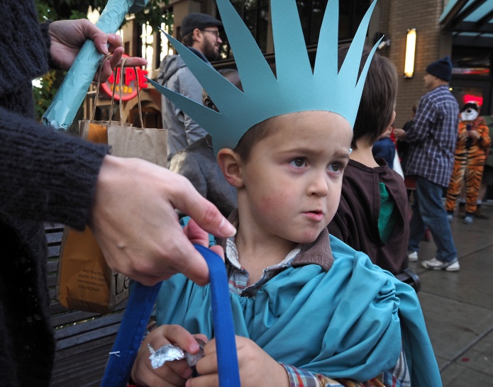 Halloween 2014 - DIY Statue of Liberty Costume